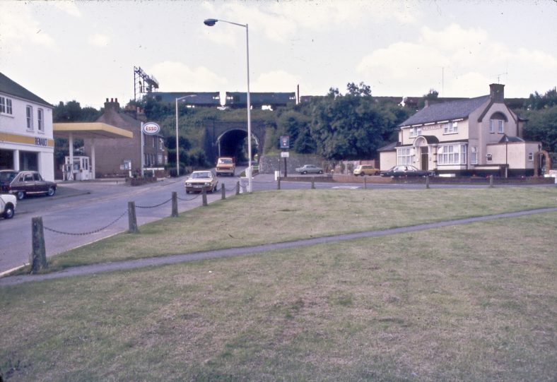 The Rose and Crown in the 1970s. Converted to a Balti restaurant c.2006 and demolished c.2016 for construction of Cromwell Court | LHS archives 16265