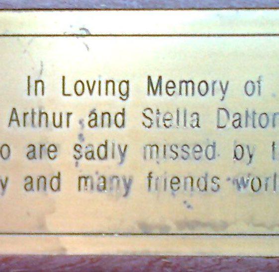 Arthur and Stella Dalton.  Common by Eastmoor Park
