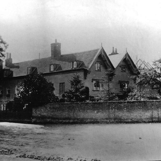 (4) 'Mr Lockhart's house', c.1887 | LHS archives - LHS 00012