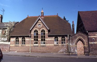 St Nicholas School, from Rothamsted Avenue, c.2000 | LHS slide collection