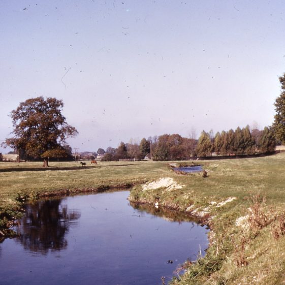 River Lea between Hyde Mill and Pickford Mill by Ian Freeman - 1972 | Cat no LHS digitised slides 148