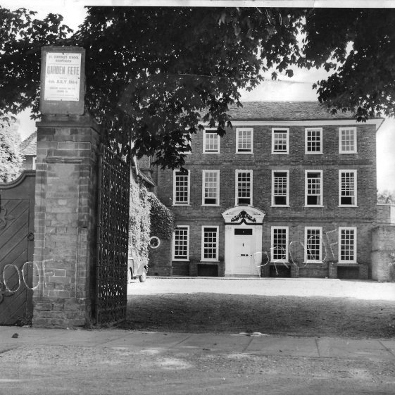 21. St Dominic's Convent, 1950s   Welcombe album - LHS archives