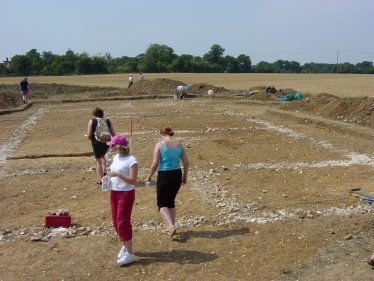 Excavations at Turner' Hall by St Albans Museum service, August 2003   Peter Boden