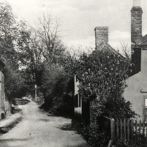 Sun Lane, before it was widened in 1928, involving the removal of the left hand/northern bay of 75 High Street, when the timbers  became exposed   LHS archives, cat.no, B 1.2