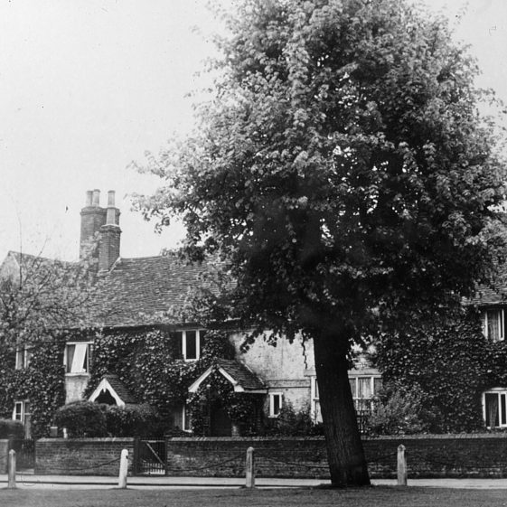 Batchelors' Row Church Green - 1920's | Cat no Slides B 1.37