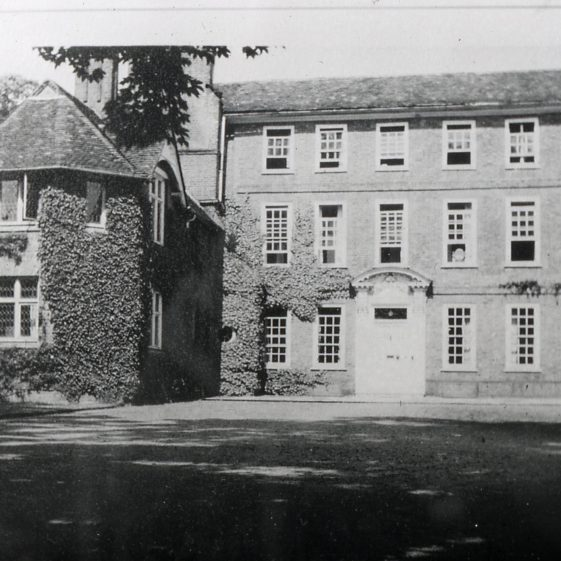 Welcombe after removal of loggia, 1920s? | LHS archive, cat no. B 1.56