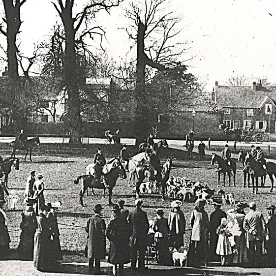 Hertfordshire Hounds meet on the Common near Leyton Road - 1900's | LHS archive, cat.no. HC 121