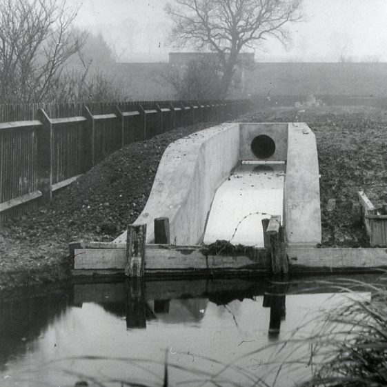 Sewage outfall to River Lea   Cat no Slides B 2.83