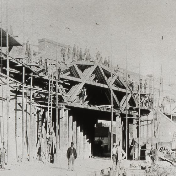 Skew Bridge - building the additional span - 1891.  Click on the photo for more about the railway line.   Cat no Slides B 3.54