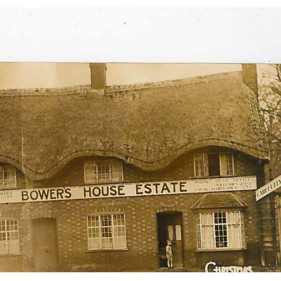 The thatched cottage, after the sale of Bowers House, and before demolition in 1938 | Image on Harpenden Years Gone By Facebook page