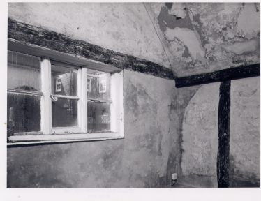 2 Southdown Road, Crosswing chamber. The West wall time-beam and corner post were both moved when the jetty was cut back. This wall had faint remnants of C17 wall painting on the Hall side. | RCHM 1975