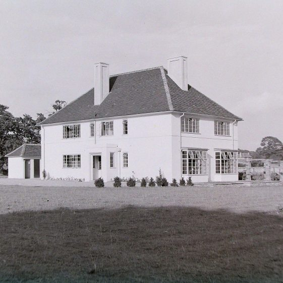 Jim Jarvis's photos of 'Jarvis houses' in the 1930s | Jim Jarvis - scanned from glass negative by J Marlow - JJ 008