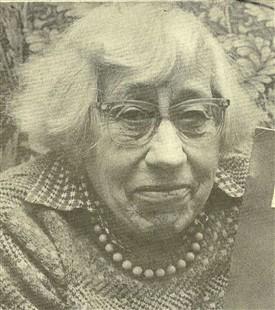Cornelia Clutterbuck (1916 -1987), seen through her Scrapbook Diaries