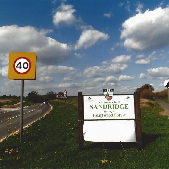 101. At the north end of Sandridge, Coleman Green Lane (on the right) joins The Hill. It has skirted round the higher ground followed by the main road from Wheathampstead (B 651) at Grid ref. 172110 | L F Casey, 2014