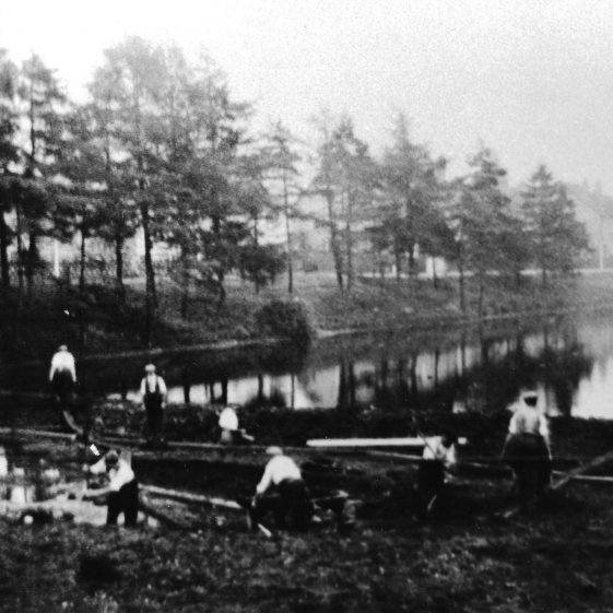 59. Excavations for the construction of the 'run-off' ponds - 1928 | LHS archives - LHS 001834