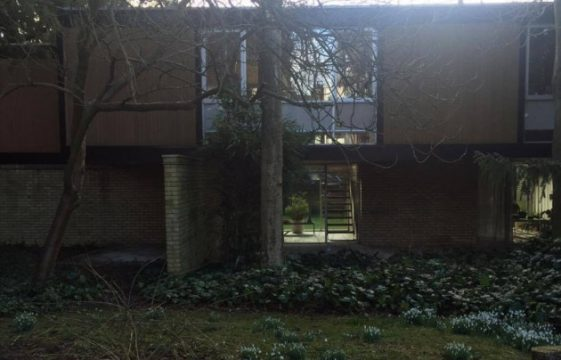Home grown in Harpenden: Interview with architect Jack Bonnington, about his unusual self-designed proper /Jack Bonnington - a home grown architect                 ty