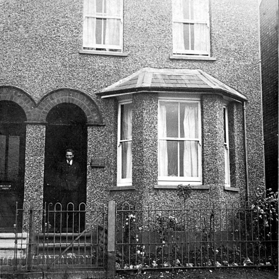 Royston Cottage, 30 Batford Road, 1930s?   Di Castle's family albums