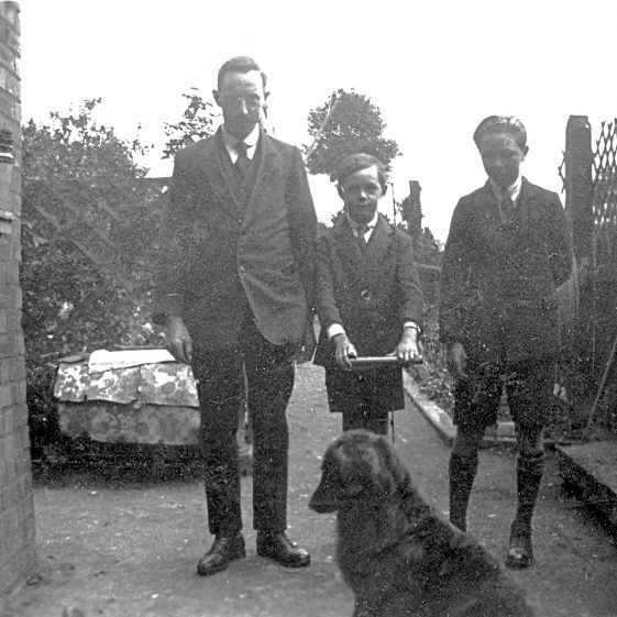 Mr Stanley Munt with Ken and Hector, 1920s   Di Castle's family albums