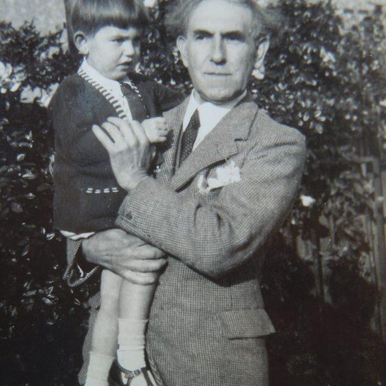 Grandpa and Desmond c 1936 | Des Summerson