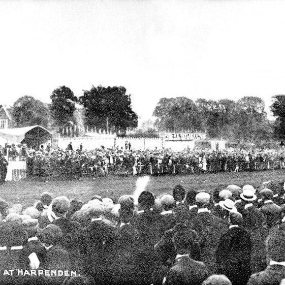 Race day - 1900's | Cat no HC 008