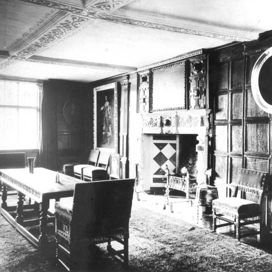 Rothamsted Manor - Dining Room - 1900 | Cat no HC 105