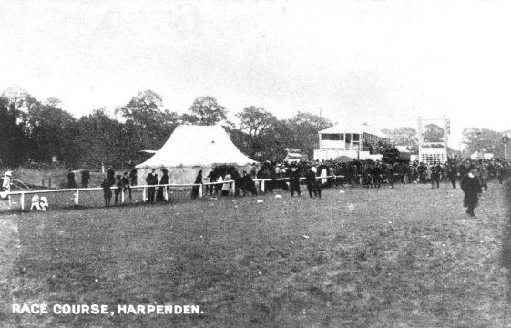 The 1913 Harpenden Races