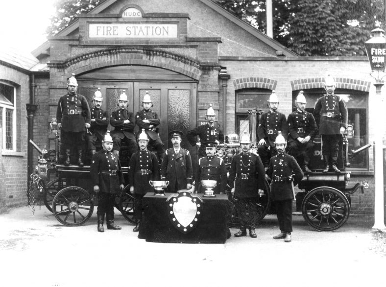 3.  Brigade with two pumps - 1913 | Cat no HC 177