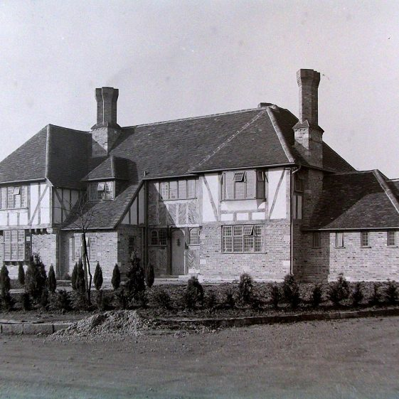 Jim Jarvis's photos of 'Jarvis houses' in the 1930s | Jim Jarvis - scanned from glass negative by J Marlow - JJ 027