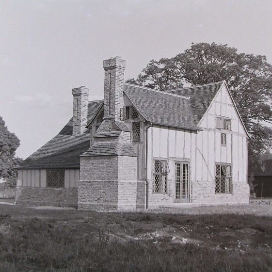 Jim Jarvis's photos of 'Jarvis houses' in the 1930s | Jim Jarvis - scanned from glass negative by J Marlow - JJ 028
