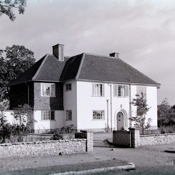 Jim Jarvis's photos of 'Jarvis houses' in the 1930s | Jim Jarvis - scanned from glass negative by J Marlow - JJ 032