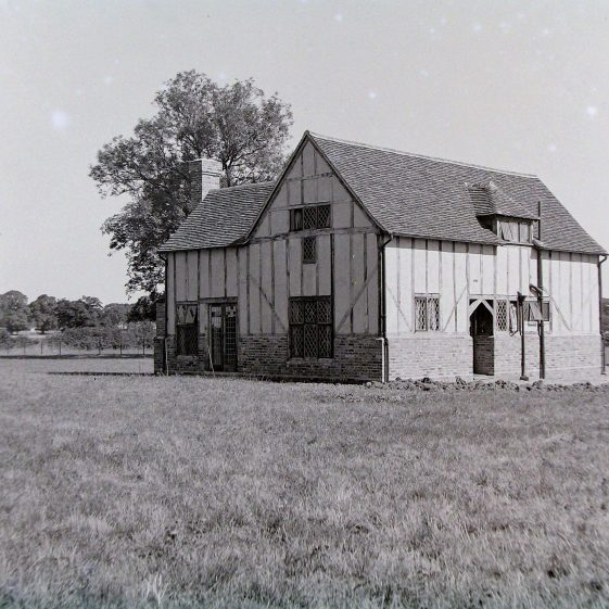 Jim Jarvis's photos of 'Jarvis houses' in the 1930s | Jim Jarvis - scanned from glass negative by J Marlow - JJ 037
