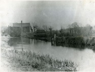 The mill stream and sluice-gate of Batford Mill 1948, front view