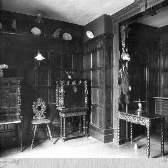 5 Welcombe - entry hall   LHS archives - Thurston album 5