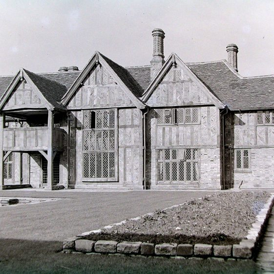 Jim Jarvis's photos of 'Jarvis houses' in the 1930s