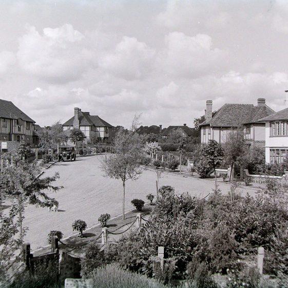 The Carisbrooke estate - junction of Lyndhurst Drive and Carisbrooke Road | Jim Jarvis - scanned from glass negative by J Marlow; JJ 036; JG 39
