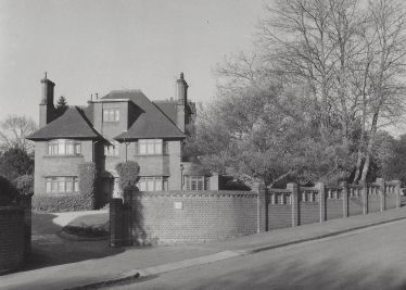3 Kirkwick Avenue in 1980 - former surgeries | LHS archives, LHS 13437