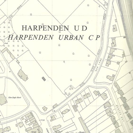 Extract from 1967 OS map, showing the widened Sun Lane. The cottage is marked as 2, and Harpenden Lodge 12 Luton Road   LHS archives