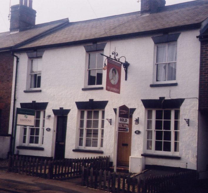 George IV pub, Lower Cravells Road.  Now a private house | Les Casey, 2003
