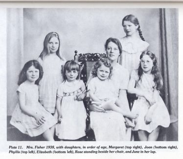 Mrs Fisher in 1938, with daughters, left to right, Elizabeth, Phyllis, Rose, June, Margaret, Joan   from R A Fisher: The Life of a Scientist, by Joan Fisher Box (Wiley, 1978)
