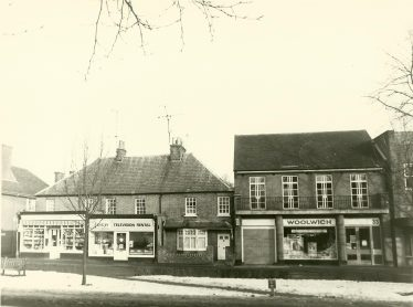 Rose Cottage, c 1979 (centre of picture). Jewers shop extended across to the corner of Thompson's Close | Les Casey