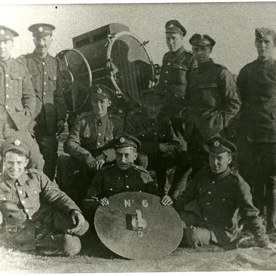 41.  Searchlight battery on Harpenden Common - 1917-18. | LHS archives - SF scan 0025