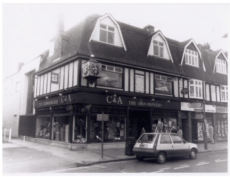 C&A - moved from 29 High Street   LHS archives, cat.no. LHS 005967, Les Casey, 1997