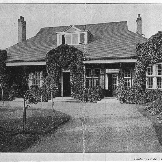 St Andrew's Lodge, 7 Southdown Road - photo by Frederick Thurston, possibly for sales brochure | LHS archives - LHS 10865