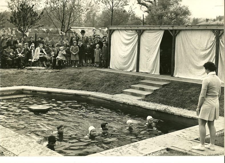 Pool with changing booths