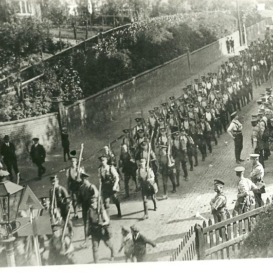 2. Arrival of 1st of the 5th or 1st of the 6th Battalion, Notts & Derby Regiment, August 1914, Station Road, Harpenden | LHS archives, SF scan 0018