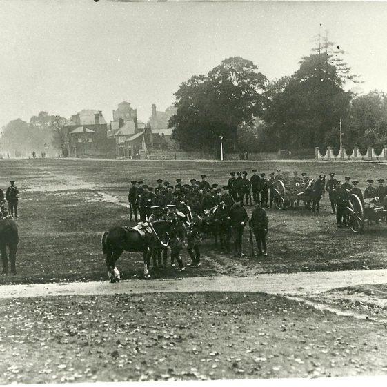 16.  Machine gun section, unidentified regiment, on Harpenden Common. | LHS archives - SF 0027