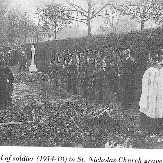 11.  Burial of a soldier in St Nicholas Parish Church graveyard, during the 1914-18 war. | Reproduced from 'Truly Thankful' by Betty Walthew.